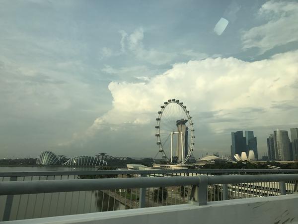 シンガポールーチャンギ国際空港からホテル移動中